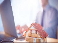 Commercial Real Estate Broker – Lina Franco