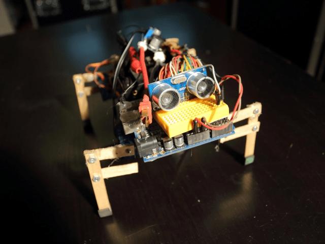 Arduino 四足機器人