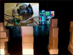 《偽實象限》演出之燈光裝置設計 - 柱子