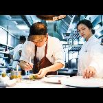 內場廚師 logo