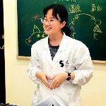 臺前教學 | 授課講師 logo